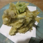 割烹 能登 - 小あゆの天ぷらです。