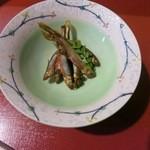 割烹 能登 - 山椒漬けの小魚です。