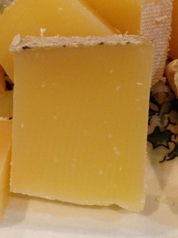 さらべつチーズ工房