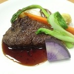 27957400 - 国産牛ランプ肉のグリル赤ワインソース