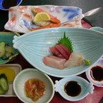 ホテルニューさか井 - カニ、刺身、小鉢