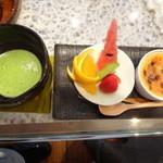 福茶 - 抹茶+宝石ぶりゅれ