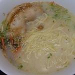 日清ラ王 袋麺屋 - 日清ラ王(豚骨)税込250円