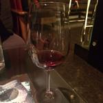 バー グルーム - グラスワイン