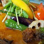 Rojiura Curry SAMURAI. - 素揚げされた野菜