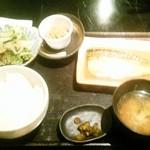 酒呑み処 膳 - サバの味噌煮定食+納豆