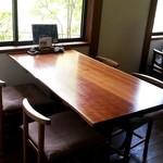 蕎麦 和太奈部 - テーブル席