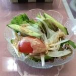 cafe Lac - カレーのサラダ♪