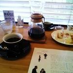 フラットホワイトコーヒーファクトリー - パナマをケメックスで