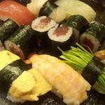 喜奈古 - 寿司セットのアップ画像
