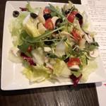 27984835 - ちょっと豪華な伊野菜のサラダ800円