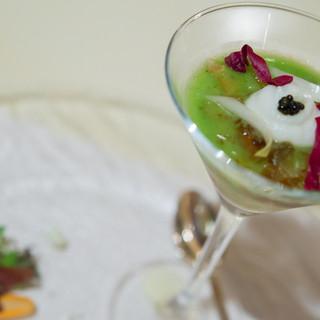 ベッラヴィスタ ラウンジ - 料理写真:オマール海老のジュレと玉葱のムース キャビアとブロッコリーのピュレと共に【2014年6月】