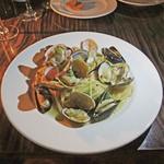 ESCRIBA - ムール貝とアサリのスパゲッティ