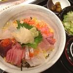 勝手口じゅん - 特選海鮮丼