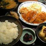 Kuchihacchoukazeyasugihara - 鯵のバター焼きトマトソース