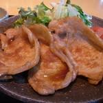クラップス - おいしいタレがなじんだ生姜焼き