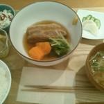 ラハン - 豚の角煮