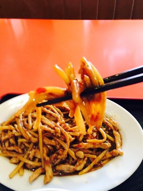 NEW 上海 - 細切り豚肉甘酢炒め