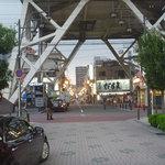 元祖串かつ だるま - 通天閣のすぐ下に店舗はあります。