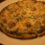 Dining Bar Sama Sama - ホタテとポテトのジェノバ風ピザ
