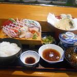 魚菜 - 桃定食