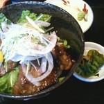 28011621 - 山形牛ステーキ丼2300円