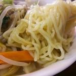 28012357 - 2014.06タンメンの麺!