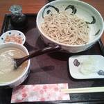 28019797 - 辛味おろしそば(980円)。長野産親田辛味大根を使用。結構辛いです。