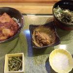 28020064 - 新潟タレカツ丼 お蕎麦のセット\1,280