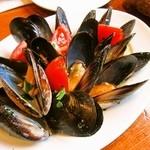 ラ・ベファーナ - ムール貝の白ワイン蒸し