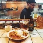 KAMMO Curry+Cafe Asakusa - カレーとホッピーと店主。