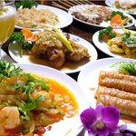 ヴィラ・スラバヤ - 辛いだけじゃない!日本人の味覚にあうインドネシア料理が堪能できます。