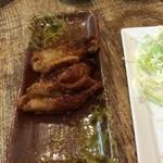神鶏屋 - とり皮餃子