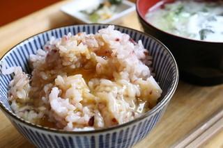 朝食屋コバカバ - 卵かけご飯