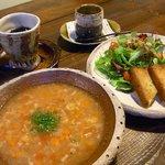 陶之助+ - 野菜スープ&エビトーストのランチ