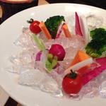 一瑳 - 三浦野菜のバーニャカウダ