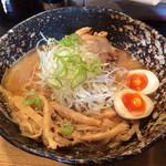 我羅奢 - 「鶏白湯らーめん 醤油」750円(麺並 チャーシュー3枚 メンマ大 味玉 全て無料)