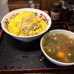 28141283 - つけ麺(大)と生卵