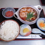 28146294 - 肉鍋定食