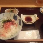 たごころ亭 - 生桜えびと釜揚げシラス丼