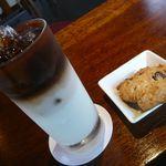 福丸珈琲 - アイスオレ(クッキー付¥400)