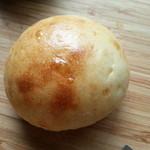 28156966 - まるパン 50円