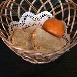 28161368 - 自家製パン