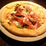 日比谷 Bar - 本日おすすめピザ(詳しくはスタッフにお尋ねくださいませ)