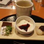 庄屋 - 料理写真:「三味三甘」280円はまあ安いですね!