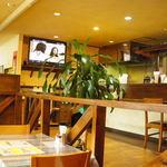 DIPIKA - 店内はカフェみたい!