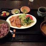 自然菜食 りんどう - ヘルシーランチ850円