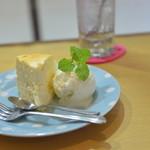 プリン80 - 普通のチーズケーキ