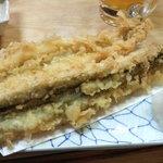 八百真 - 料理写真:アナゴの天ぷら