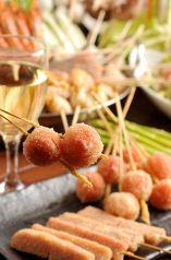 立川串揚げ えん - サクッとした口あたりで幾らでも食べられちゃう串揚げの盛り合わせが人気です♪